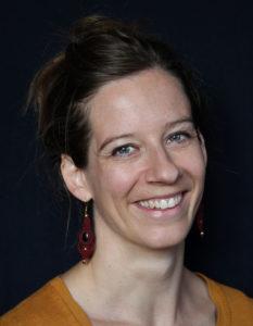 Portraitfoto Dozentin Lisa Bichler